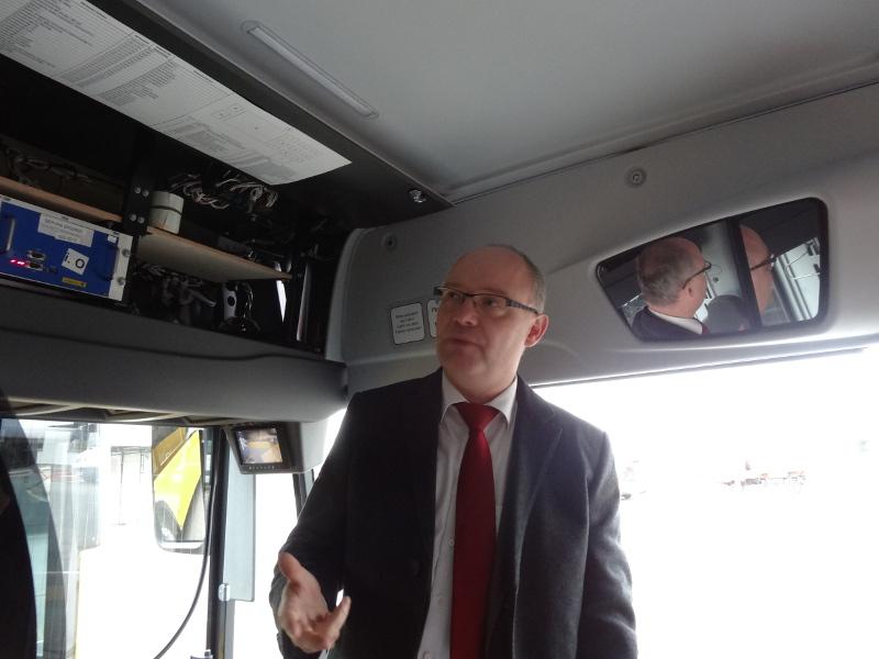 Neue Busse 2812 Robert Roch