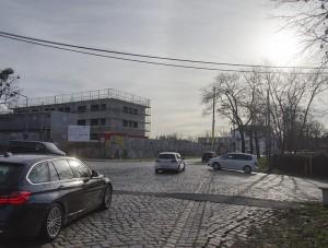 In der zweispurigen Ausbauvariante ist für die Kreuzung am Hammerweg ein Kreisverkehr vorgesehen. Foto: M. Arndt